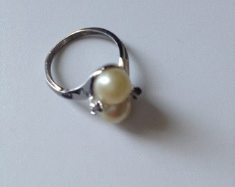 Lovely pearl ring silver sterling perfect state