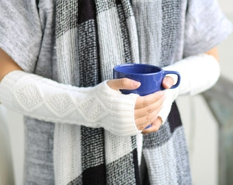 Five colors / Ready to Ship    Long Hand-knitted  Gloves  Wrist Warmers  fingerless gloves