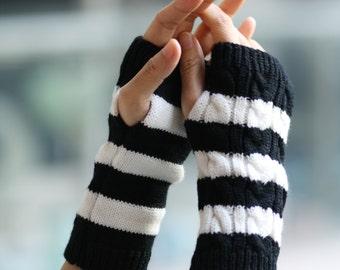 Black and white stripes Fingerless Gloves