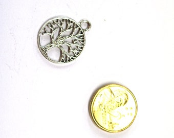5 x Antique Silver Tree of Life Charm