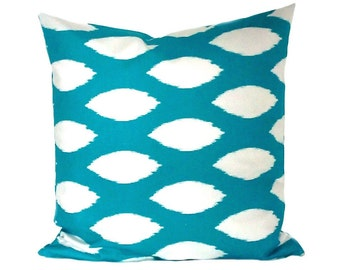 Cushion cover 40 x 40 cm turquoise white Ikatmuster CHAZ
