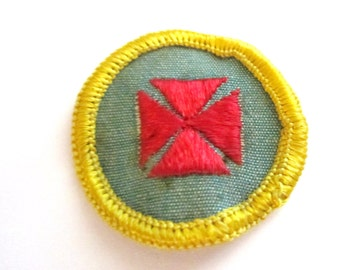 "Vintage Cadette Girl Scout Badge ""1st Aid"" circa 1963-CLEARANCE!"