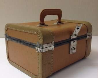 Vintage Mustard Brown Leather Carrying Case