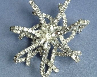 LARGE Sparkly Clear Rhinestone Looping 3D Star Brooch Pin