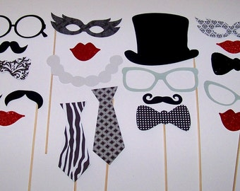 Vintage Wedding Photo Booth Props 20pc Black & White Photobooth Wedding Prop Mustache on a Stick Glitter Photo Props Anniversary Photo Props