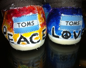Tom's Shoes- Peace and Love Design