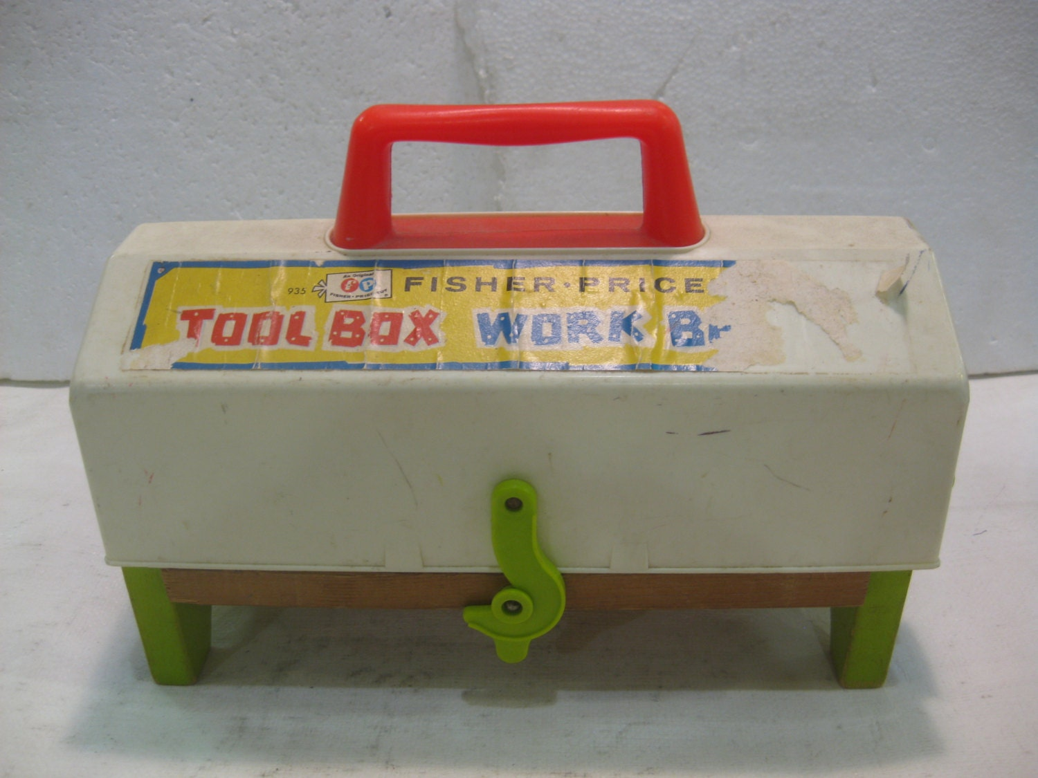 1969 fisher price tool box work bench toy 935 fp22 Fisher price tool bench