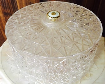 1960s Clear Plastic Cake Tray with LId