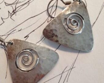 Sterling silver triangular, spiral center earrings