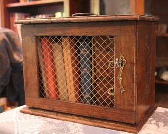 Wood Book/Apothecary Travel Case - Vintage Reproduction, Hand-Aged