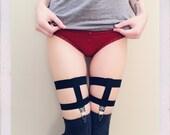Basic Garter Set