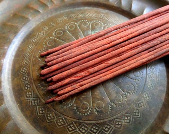 Amber Incense Sticks  | Absolute Grade | 100% Natural Incense | Traditional Indian Incense | Hand Rolled With Essential Oils