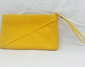 Yellow Vintage Wrist purse - TwoSweetTeas