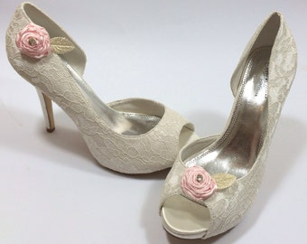 Pair of Pink Shoe Clips, Shoe Accessories, Flower Shoe Clips, Rose Satin Shoe Clips, Baby Pink