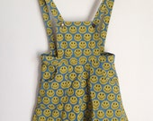 90's smiley face pinafore w/ pockets
