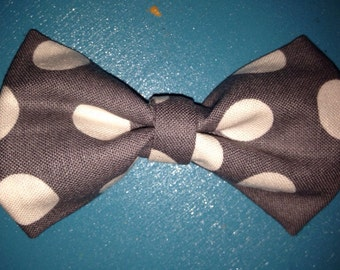 Baby boy bow tie-gray polka dot-preppy baby boy bow tie-clip-on-Easter Bow Tie-Gray and White Polka Dot