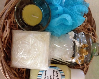 Natural Organic Bath and Body Gift Basket