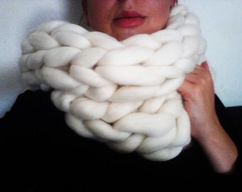Chunky Knit Scarf, Chunky Knit Merino Wool Infinity Scarf, Giant Knitting, Extreme Knitting, Super Chunky