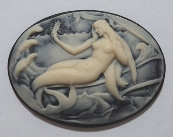 40mm x 30mm Mermaid cameo ivory on black solo 2 pcs lot l