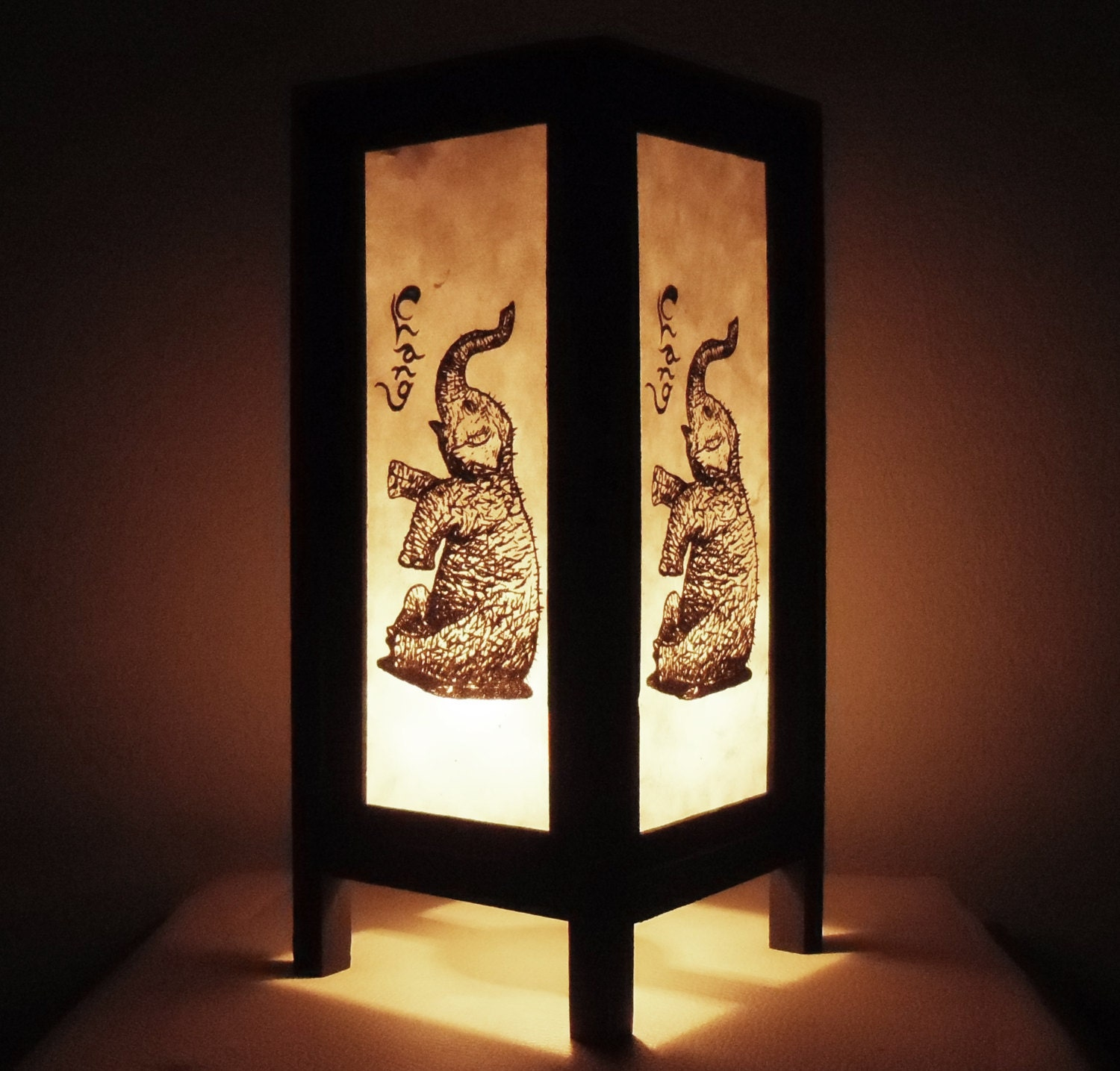 Thai handmade asian oriental classic elephant craft paper lamp for Thailand home decor