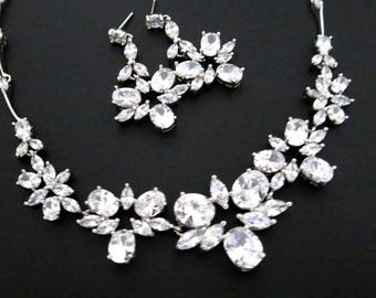 Crystal Wedding necklace, Bridal necklace set, Bridal jewelry set, Crystal earrings, Rhinestone necklace and earrings, Bridesmaid jewelry