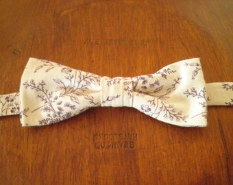 Printed ivory and purple floral bow tie