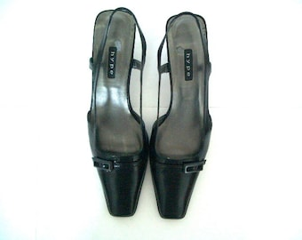 Women's Shoes, Hype Black kitten Heels, Vintage Shoes, Kitten Heels, Heels, Black shoes, Black heels, Mad Men Heels, Slingback Low Heels