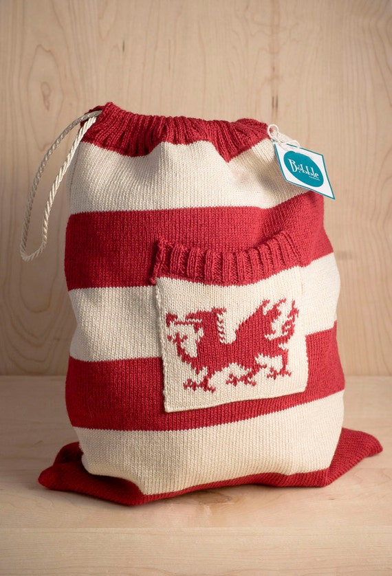 Knitted drawstring bag with Welsh Dragon motif by Bobblehandmade
