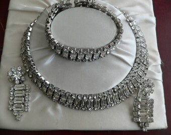 Vintage 3 pc Rhinestone Parure Set, Rhinestone Necklace, Bracelet, and Earings