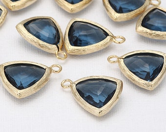 Montana Triangle Glass Pendant Polished Gold -Plated - 2 Pieces [G0014-PGMN]