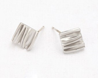 Corrugated Square Post Earring Matte Rhodium- Plated - 2 Pieces [E0132-MR]