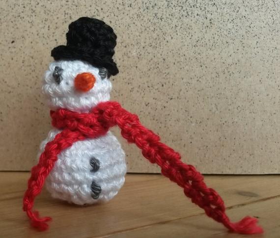 Mini Sneeuwman (haakpatroon NL)