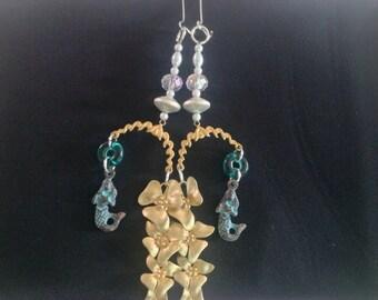 Mermaids and flowers earrings