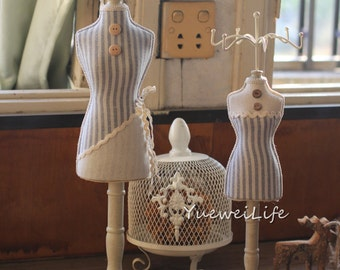 Mannequin Jewelry Display Stand Fabric And Wood Tabletop