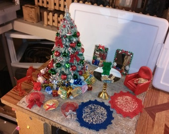 High Quality dollhouse furniture living room set christmas tree scene handmade mirror hat gifts ooak mirror pedestal table chair rugs 1/12