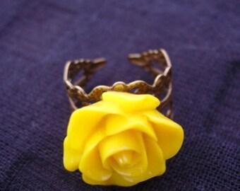 Adjustable Yellow Rose Ring.