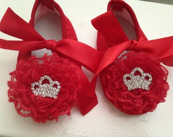 Red baby lace shoes--newborn red shoes-- red lace crib shoes--princess shoes--ballerina shoes