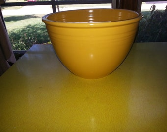 SALE!! Antique Large 1936 Old Yellow Fiestaware Mixing Bowl