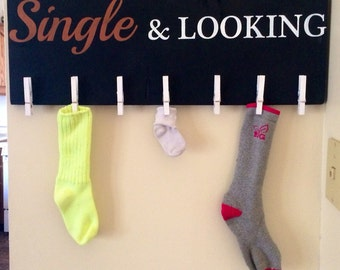 """Hand painted """"single and looking"""" wood sign- perfect for Laundry room"""