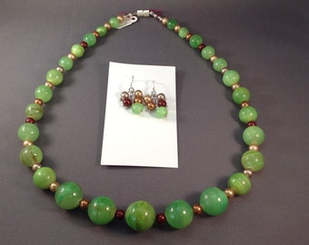Earthy Green Agate Necklace Set