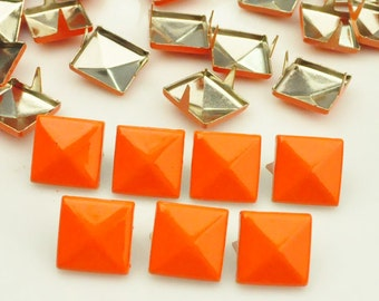 100X 12mm Neon Orange Square Pyramid Spike Rivets Studs Spot Metal Matte Finish For Diy Phone Case Leathercraft material(2 claws)