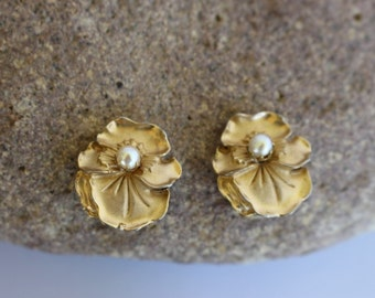 Vintage Gold Tone Flower and Pearl Clip Earrings Signed Marvella