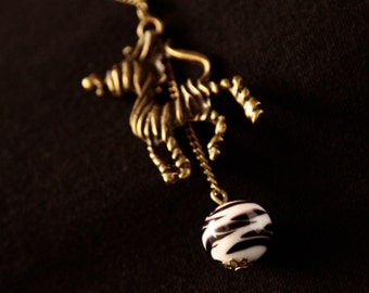 Black&White zebra (handmade lampwork necklace)