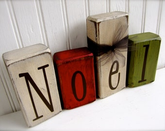 Set of 4 Distressed Noel Wood Blocks Christmas Wood Decoration Noel Blocks Primitive Wood Blocks