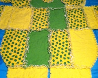 Dog shape Rag quilt with little frog's