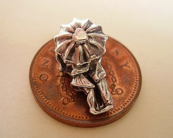 Sterling Silver Lovers In The Rain Opening Charm