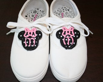 Monogrammed Minnie Mouse Shoe Tags/Charms - In The Hoop - Machine Embroidery Design Download