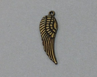 Free Shipping Antique Brass Wing Charm