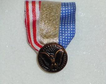 Patriotic medal