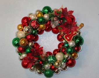 Vintage Christmas Ornament Wreath - Green and Red
